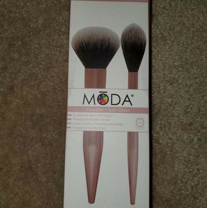 Moda 2pc Powder & Soft Glow Kit Makeup Brushes